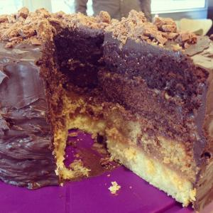 @dombelina chocolate and caramel ombre cake